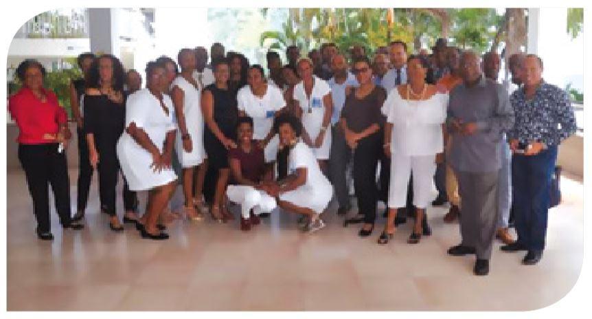 Assurance outremer - Photo des délégués sociétaires